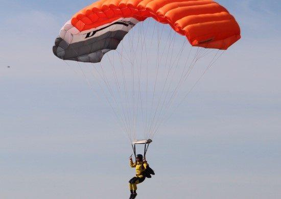 Прыжки с парашютом АСК КРЫМ