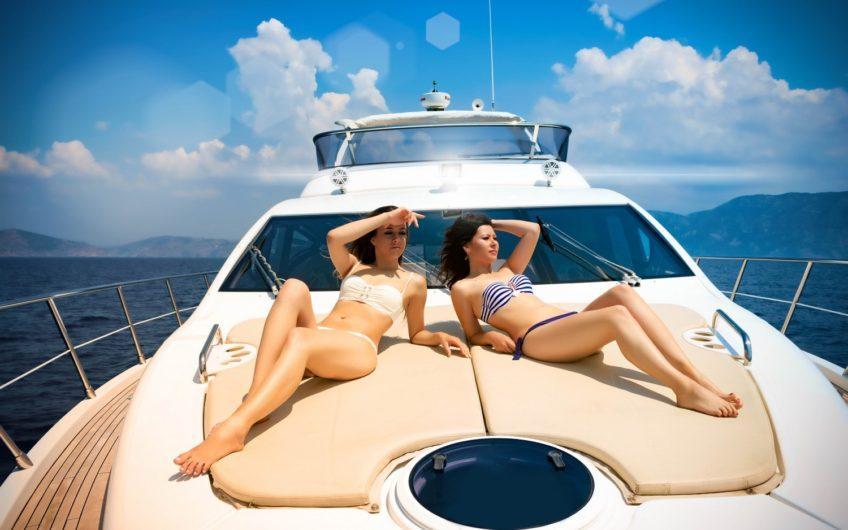 Аренда моторной яхты Azimut 60